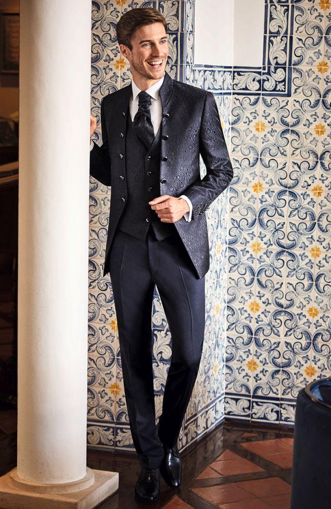 modny garnitur ślubny