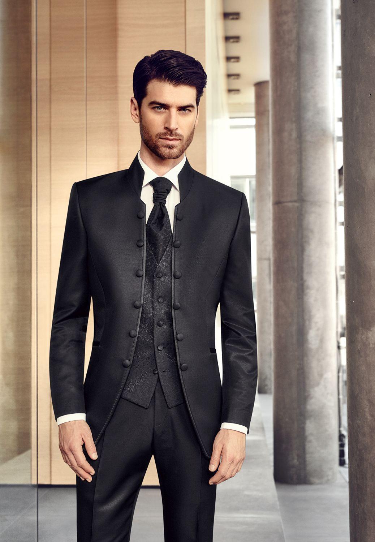 modny ślubny garnitur