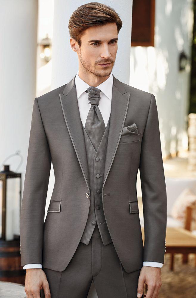 jasny garnitur
