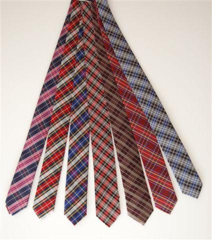 krawaty w kratę
